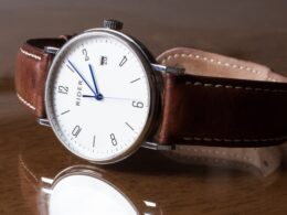 Factors before Buying a Brand New Watch
