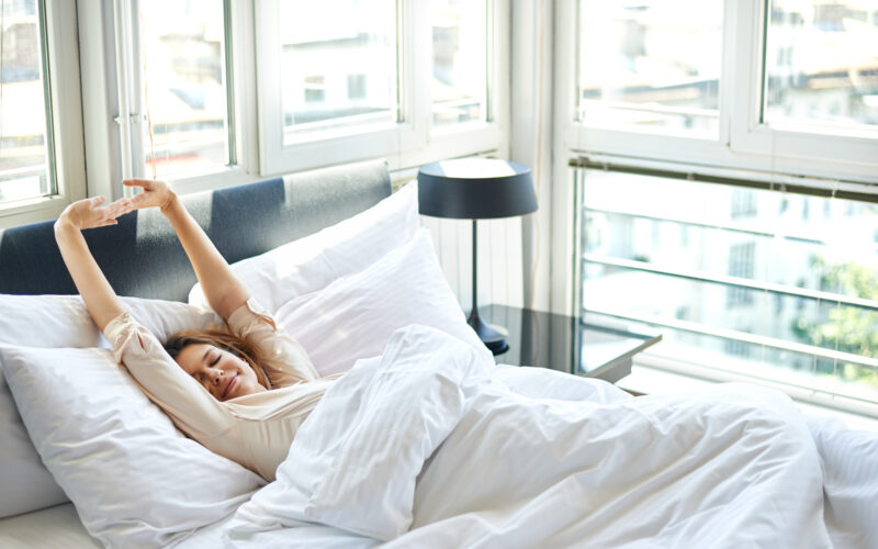 Expert Tips and Tricks on How to Pick a Pillow for an Amazing Night's Sleep