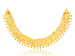 Necklaces in gold and pearls