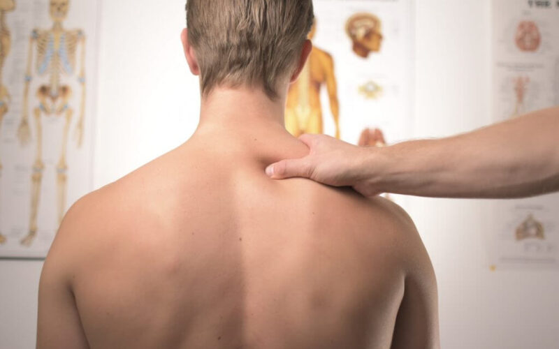 How to find a good chiropractor for spine-related problems?