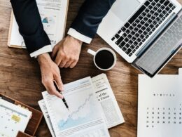 6 Effective Ways by Eric Dalius to Reduce the Cost of Your Business in 2021