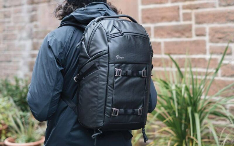 Pro Tips on Choosing the Right Camera Bag