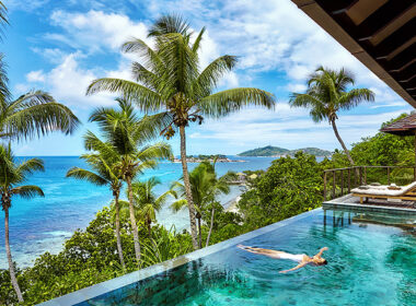 TRAVEL GUIDE TO THE SEYCHELLES